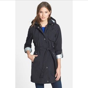 Laundry by Shelli Segal Drip drop hooded trench